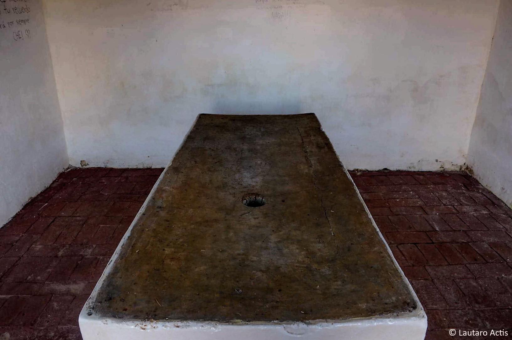 La Morgue de Valle Grande, donde le cortaron las manos al Che ©